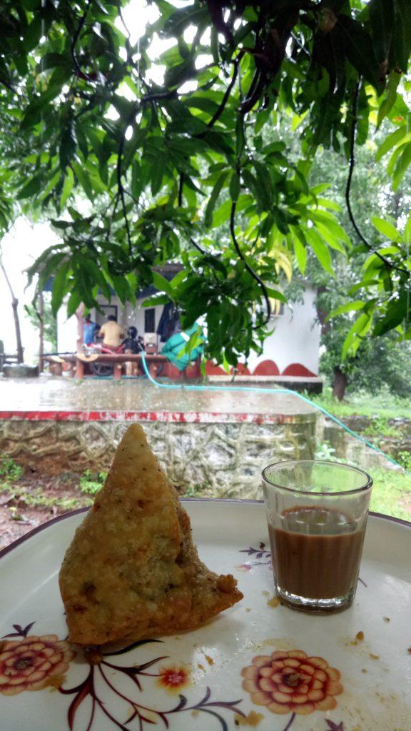 Tea & samosa